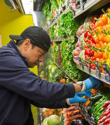 How can Supermarkets Assimilate Traceability to Avoid Food Wastage?