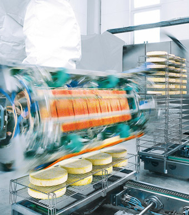 What are the Advantages of Automation in the Food and Beverage Sector