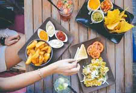 How a Restaurant Can Benefit from Adopting a Food Delivery Software