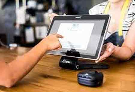 Importance of Adopting Technology in the Restaurant Sector