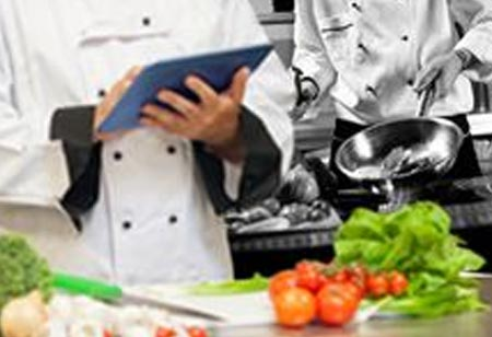 Why Employ a Food Service Management Software?